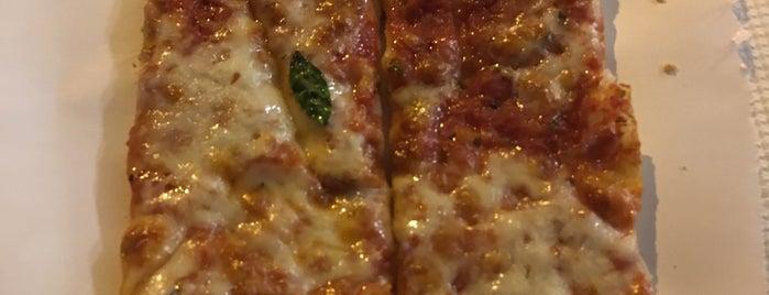 La Pizza Di Nanna is one of Portugal 🇵🇹.