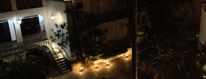 Vitoria Palace Hotel is one of Bruno'nun Beğendiği Mekanlar.
