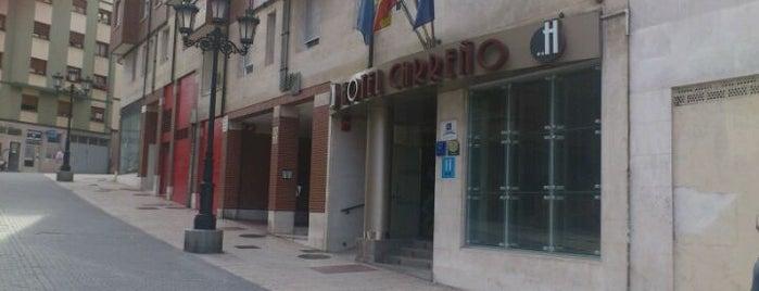 Hotel Carreño is one of Tempat yang Disimpan Amalioft.