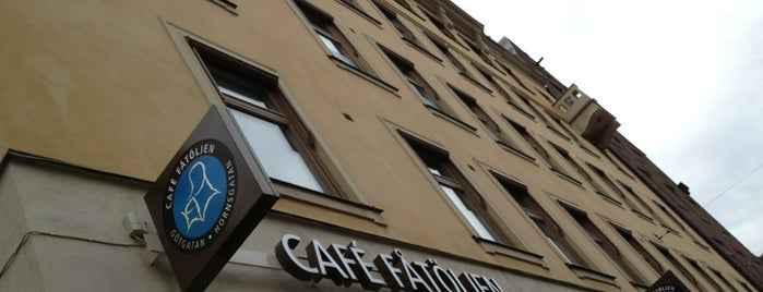 Café Fåtöljen is one of Lugares favoritos de Brian.