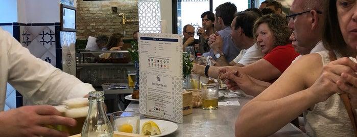 Bar las Provincias is one of Locais curtidos por Idioot.