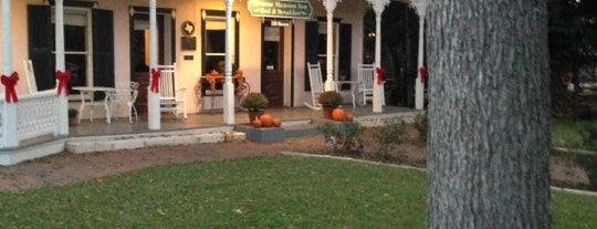 Gruene Mansion Inn is one of New Braunfels.