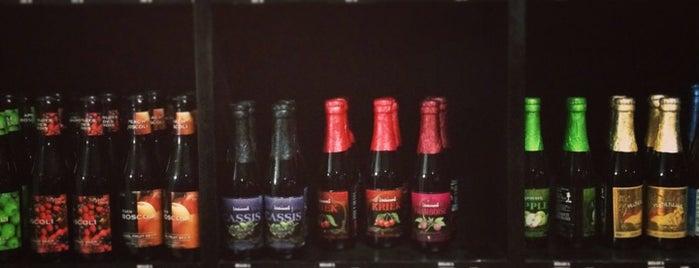 The Beer Box coatzacoalcos is one of Eduardo'nun Kaydettiği Mekanlar.