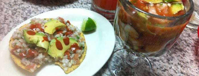 Mariscos Vallarta is one of smith 님이 좋아한 장소.