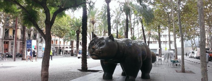 El Gat de Botero is one of Barcelona, Espanha.