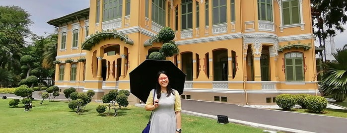 Parus Gawan Palace is one of Places To Visit In Thailand.