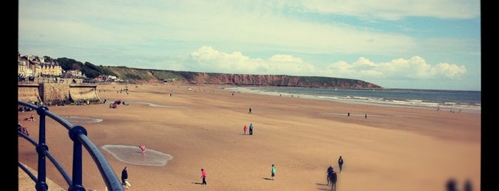Filey Beach is one of Tempat yang Disukai Carl.