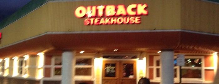 Outback Steakhouse is one of Oscar'ın Kaydettiği Mekanlar.
