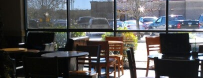 Starbucks is one of Tempat yang Disukai ATL_Hunter.