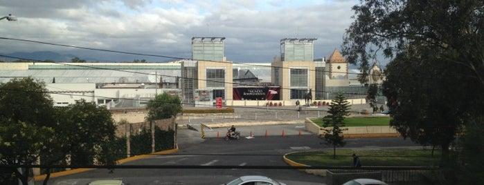 La Sastre de Plaza Sedena is one of สถานที่ที่ Daf ถูกใจ.