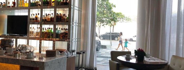 private terrace breakfast @ Fasano is one of สถานที่ที่ Aline ถูกใจ.