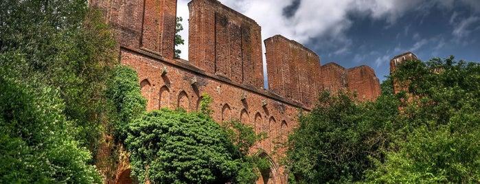 Kloster Hude is one of Tempat yang Disukai Karl.