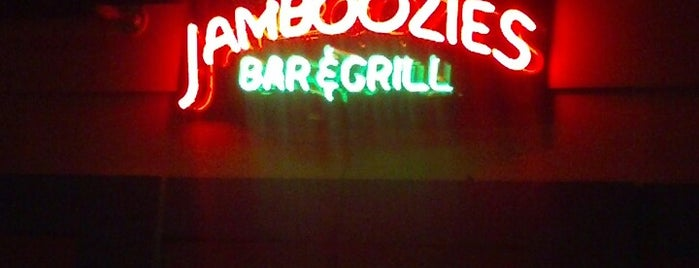 Jamboozies Sports Bar & Grill is one of Kristeenaさんの保存済みスポット.