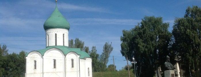 Спасо-Преображенский собор is one of Russia10.