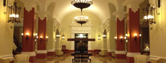Hotel Valentin Imperial Riviera Maya is one of Orte, die Alika gefallen.
