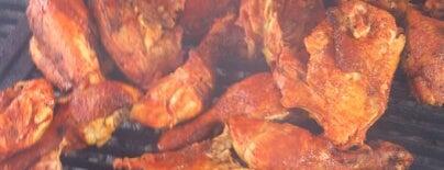 Pollos al Carbón is one of 24 horas de comida en CDMX.