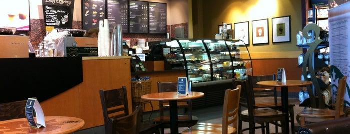 Starbucks is one of Tempat yang Disukai Kübra.