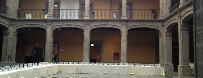 Antiguo Palacio del Arzobispado is one of Museos.