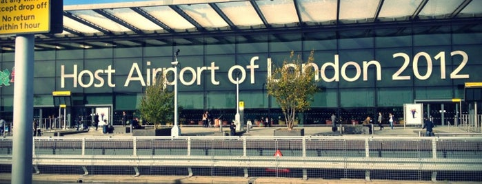 Londra Heathrow Havalimanı (LHR) is one of Airports (around the world).