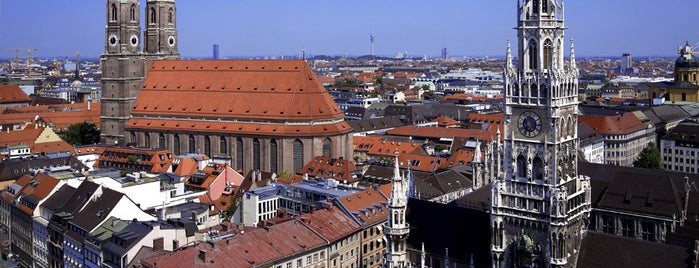 Marienplatz is one of Posti salvati di Christian.