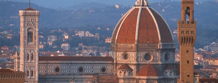 Campanile di Giotto is one of World.