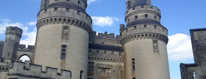 Château de Pierrefonds is one of Centre des monuments nationaux.