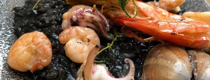 Cucina Lozio Italiana is one of Tempat yang Disukai Serdar😋.