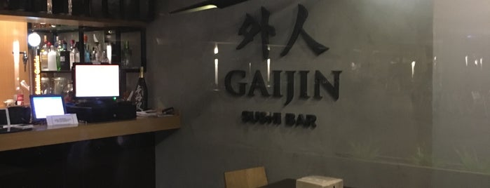 Gaijin Sushi Bar is one of Comida Asiatica.