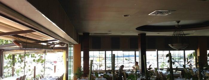 Günaydın Kasap & Steakhouse is one of Anadolu Yakası Restoranları.