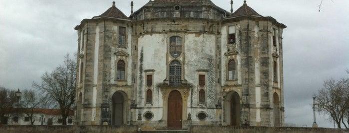 Santuario Do Senhor Jesus Da Pedra is one of Orte, die Chris gefallen.