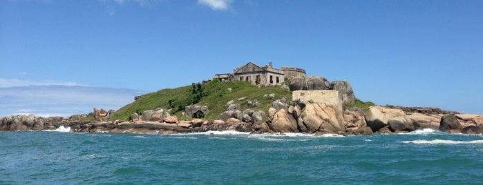 Praia do Sonho is one of Gespeicherte Orte von Hugo.