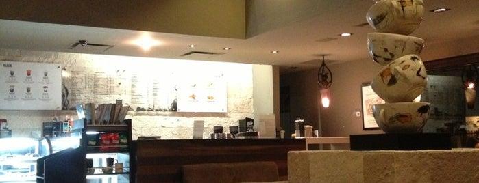 Black Coffee Gallery by Yuri Zatarain is one of Restaurant.