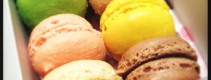 Le Macaron is one of My Food.