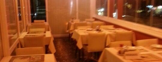 Mai-Ling Chinese & Sushi is one of İstanbul'dayım takılıyorum....