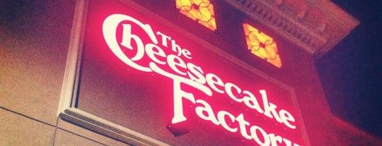 The Cheesecake Factory is one of Demetria'nın Kaydettiği Mekanlar.