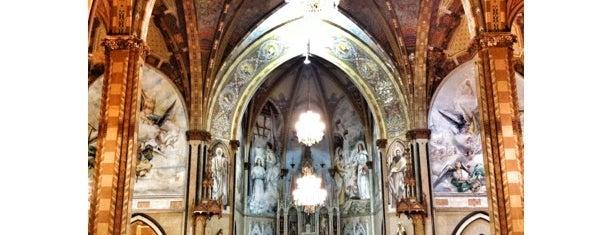 Igreja Matriz Nossa Senhora do Patrocínio is one of Orte, die Káren gefallen.