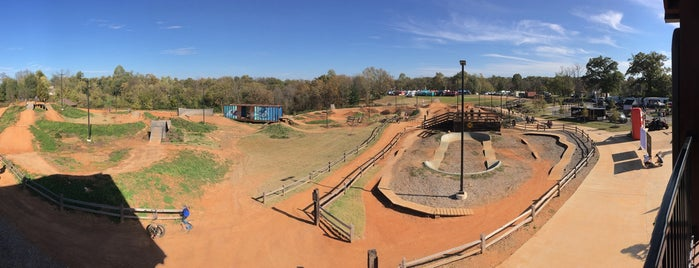 Railyard Bike Park is one of Lugares favoritos de Megan.