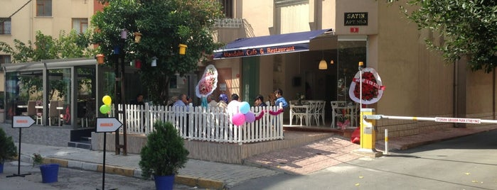Mandalin Cafe & Restaurant is one of Lugares guardados de Mehmetcan.