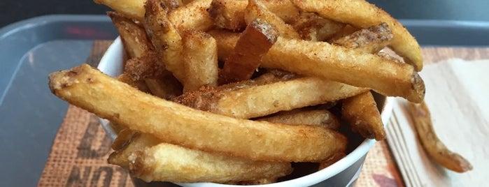 New York Fries is one of Locais salvos de Dat.