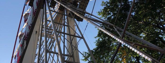 The Giant Wheel is one of Kevin'in Kaydettiği Mekanlar.