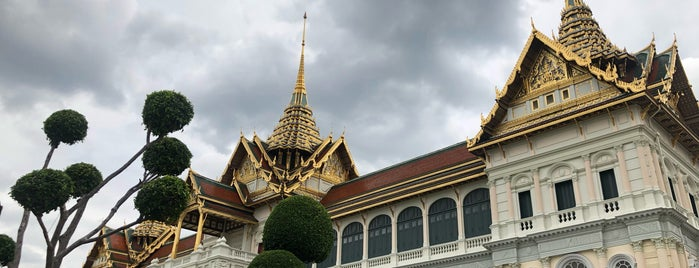 Chakri Maha Prasat Throne Hall is one of Locais salvos de Cynthia.