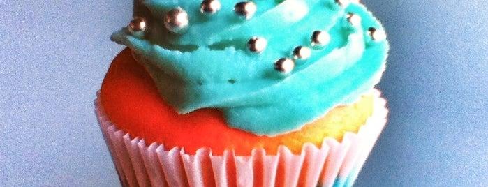 Cakes In Cups Coapa is one of Lugares guardados de Mariana.