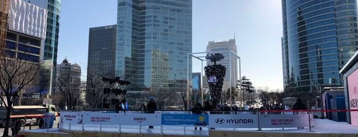 COEX 피아노 분수광장 is one of Sights in Seoul.