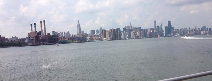 Williamsburg Waterfront is one of Best of New York (Manhattan + Brooklyn).