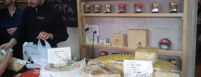 fromagerie Campoveja is one of สถานที่ที่ Barb ถูกใจ.