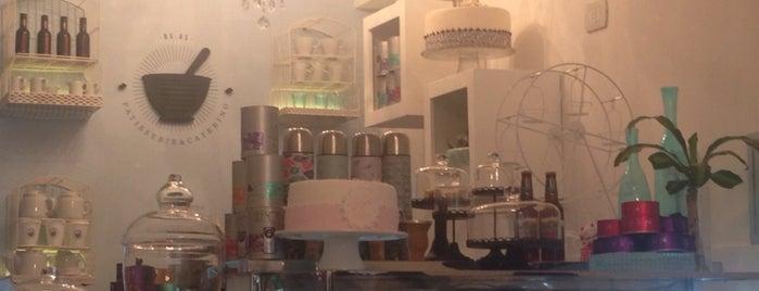 Bar de Postres is one of Deli.