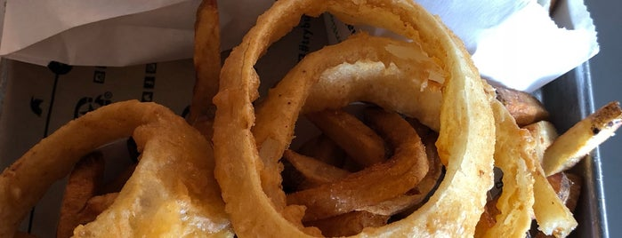 BurgerFi is one of Silvina'nın Beğendiği Mekanlar.