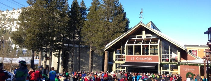 Le Chamois & Loft Bar is one of Eat, Drink, Snowboard!.