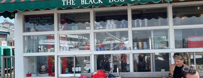 The Black Dog - Dockside Cafe is one of Martha's Vineyard.