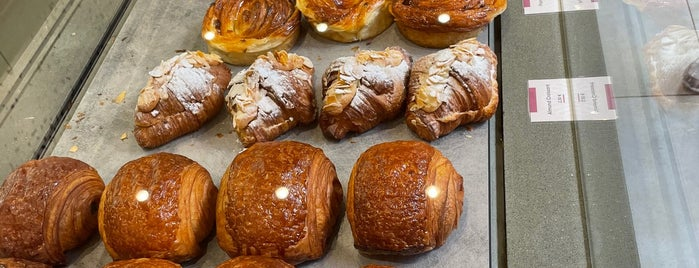 Overoll Croissanterie is one of New entries.